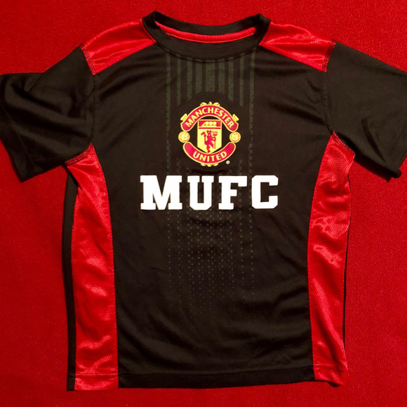 buy popular 86a30 e5d6a Official Manchester United soccer jersey